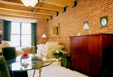 Boston Dockside Place Condominiums