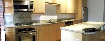 Broadluxe 2A Kitchen