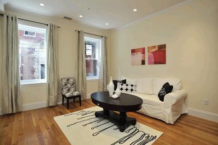 73 Myrtle Street Living Room